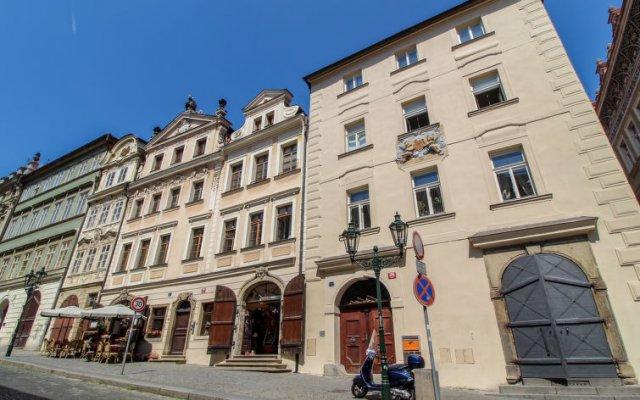 Отель Nerudova Прага вид на фасад