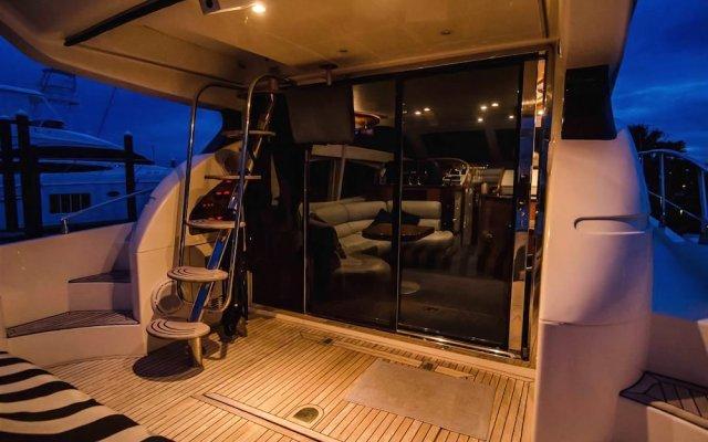 Отель Jamaica Sports Fishing and Cruises LTD. вид на фасад