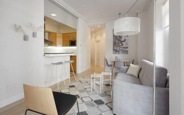Отель Zubieta Suite Apartment by FeelFree Rentals Испания, Сан-Себастьян - отзывы, цены и фото номеров - забронировать отель Zubieta Suite Apartment by FeelFree Rentals онлайн комната для гостей