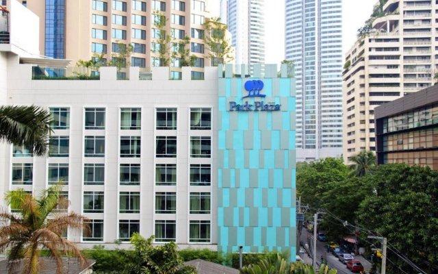 Отель Park Plaza Bangkok Soi 18 вид на фасад