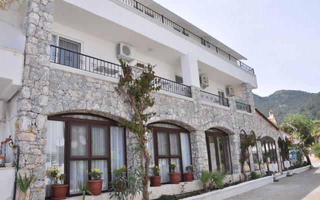 Pisces Hotel Turunç вид на фасад