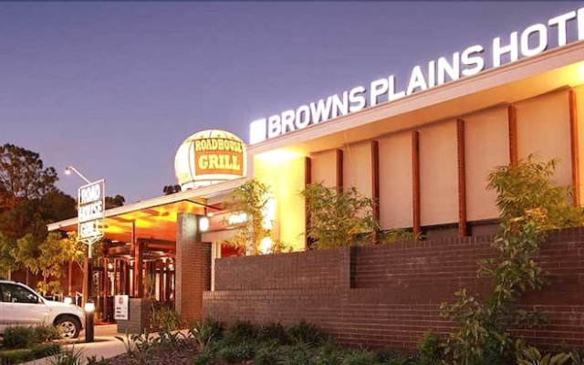 Browns Plains Hotel вид на фасад