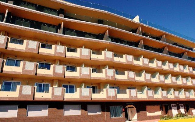 Отель Apartamentos Vega Sol Playa Фуэнхирола вид на фасад