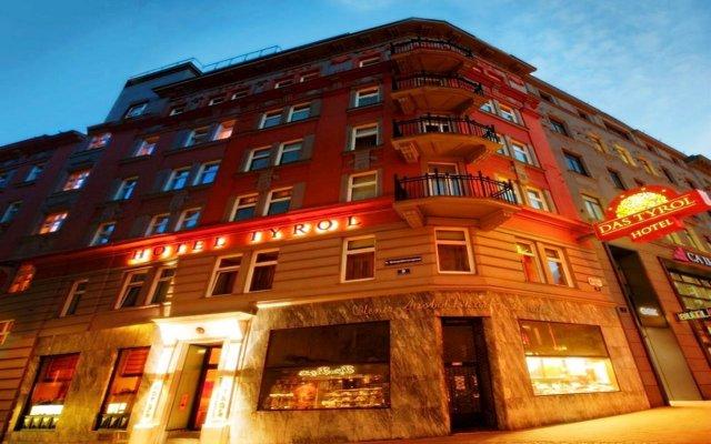 Отель Das Tyrol Австрия, Вена - 1 отзыв об отеле, цены и фото номеров - забронировать отель Das Tyrol онлайн вид на фасад