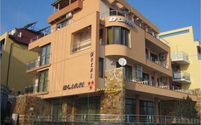 Отель Blian Болгария, Равда - отзывы, цены и фото номеров - забронировать отель Blian онлайн вид на фасад