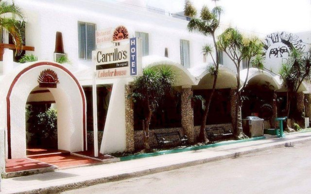 Отель Plaza Carrillo's Мексика, Канкун - отзывы, цены и фото номеров - забронировать отель Plaza Carrillo's онлайн вид на фасад