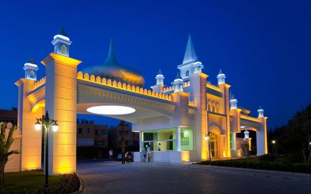 Отель Kamelya K Club - All Inclusive Сиде вид на фасад