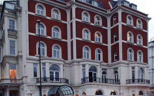 Baglioni Hotel London вид на фасад