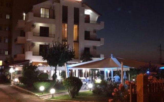 Отель President Албания, Голем - отзывы, цены и фото номеров - забронировать отель President онлайн вид на фасад