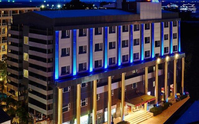 Отель Nova Platinum Паттайя вид на фасад