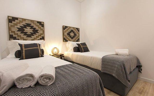 Отель Design Tailor Made Flat Лиссабон вид на фасад