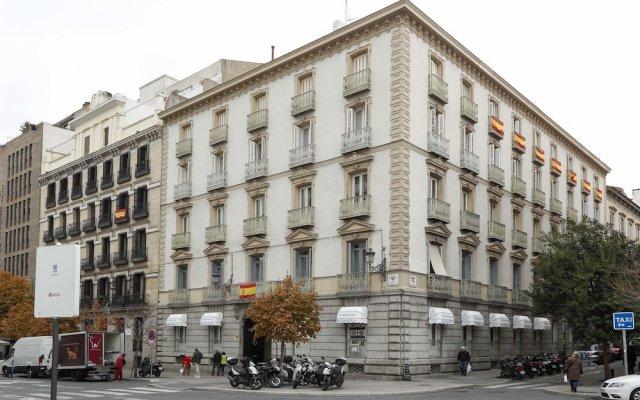 Отель Escala Ópera - Adults Only Испания, Мадрид - отзывы, цены и фото номеров - забронировать отель Escala Ópera - Adults Only онлайн вид на фасад
