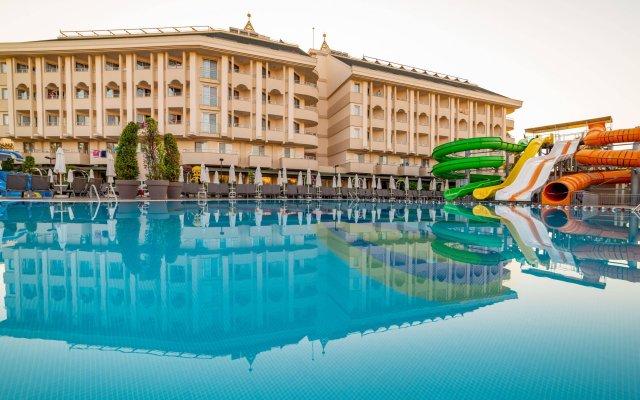 Hane Garden Hotel Сиде вид на фасад