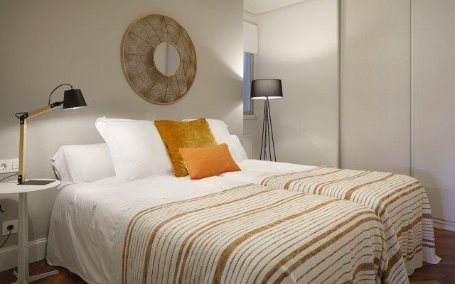 Апартаменты Duke Apartment by FeelFree Rentals комната для гостей