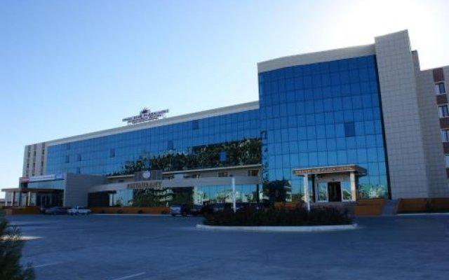 Гостиница Grand Nur Plaza Hotel Казахстан, Актау - отзывы, цены и фото номеров - забронировать гостиницу Grand Nur Plaza Hotel онлайн вид на фасад