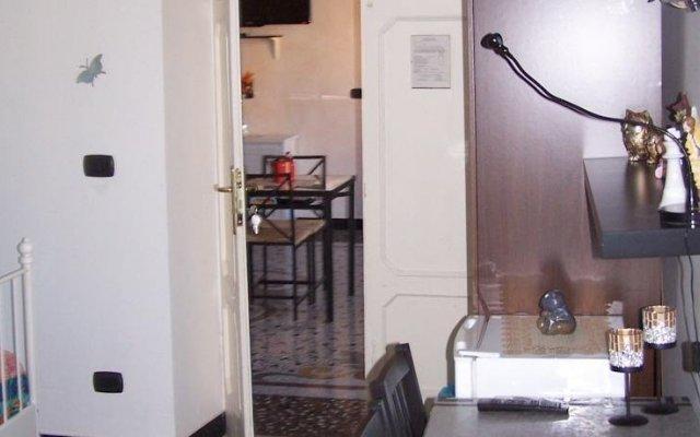 Отель Affittacamere Buenos Ayres Генуя комната для гостей