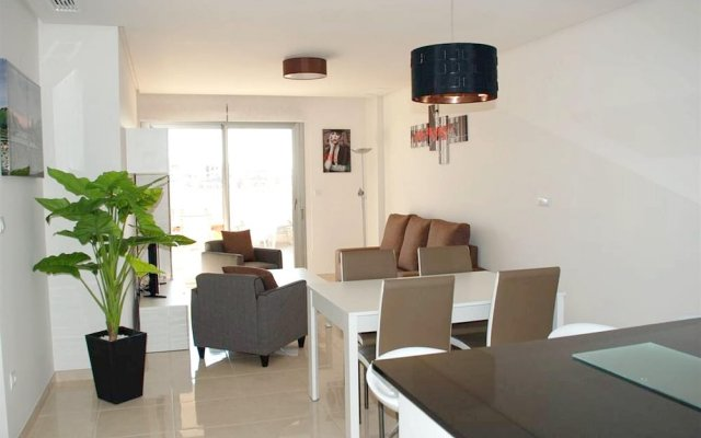Отель With 2 Bedrooms in Alicante, With Shared Pool, Furnished Terrace and Wifi - 2 km From the Beach Испания, Ориуэла - отзывы, цены и фото номеров - забронировать отель With 2 Bedrooms in Alicante, With Shared Pool, Furnished Terrace and Wifi - 2 km From the Beach онлайн комната для гостей