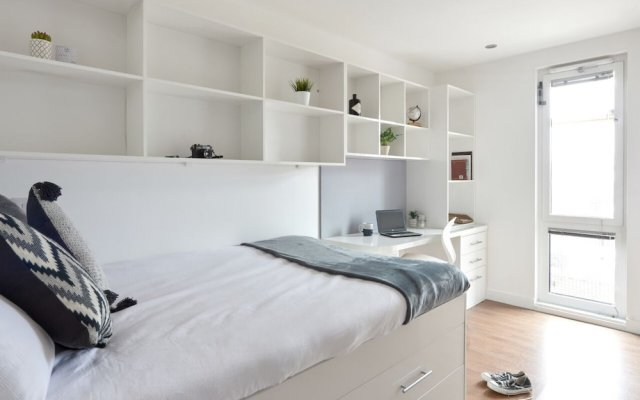 Relax By MPH-70 Chic Studios In Prime Liverpool