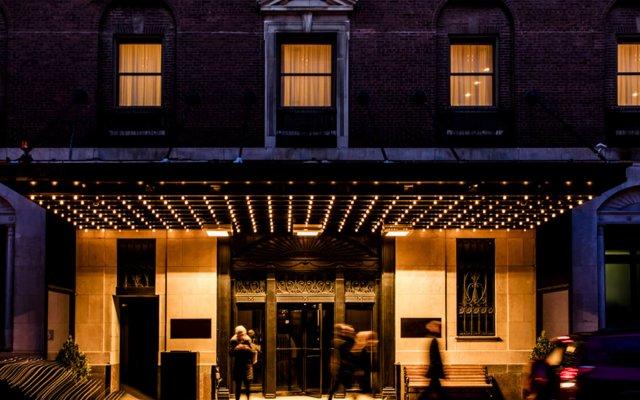Отель PUBLIC Chicago вид на фасад
