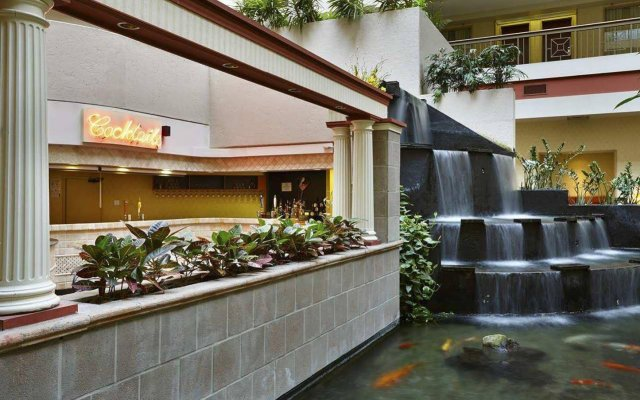 Отель Embassy Suites by Hilton Washington D.C. Georgetown США, Вашингтон - отзывы, цены и фото номеров - забронировать отель Embassy Suites by Hilton Washington D.C. Georgetown онлайн вид на фасад