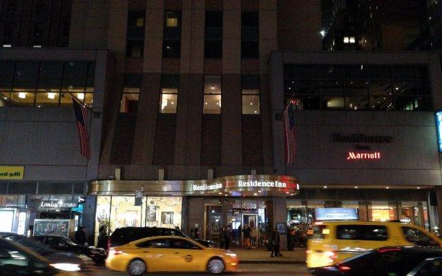 Отель Residence Inn by Marriott New York Manhattan/Times Square США, Нью-Йорк - отзывы, цены и фото номеров - забронировать отель Residence Inn by Marriott New York Manhattan/Times Square онлайн вид на фасад