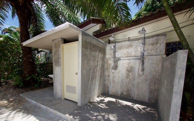 Отель Aman Residence Halal Restaurant Таиланд, Карон-Бич - отзывы, цены и фото номеров - забронировать отель Aman Residence Halal Restaurant онлайн вид на фасад