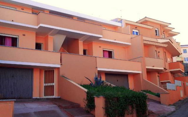 Отель Residence Monte Marina Кастельсардо вид на фасад