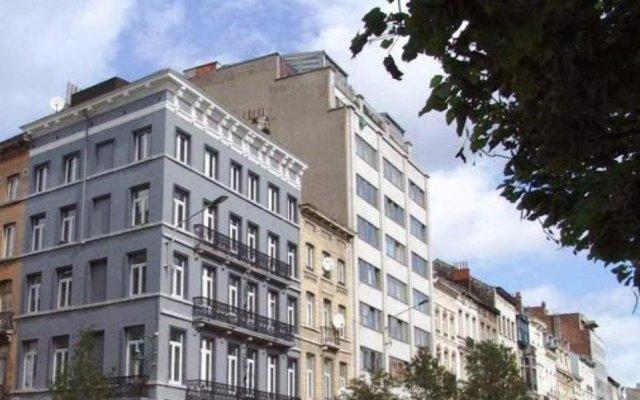 Отель Midi Business Lodge Бельгия, Брюссель - 1 отзыв об отеле, цены и фото номеров - забронировать отель Midi Business Lodge онлайн вид на фасад