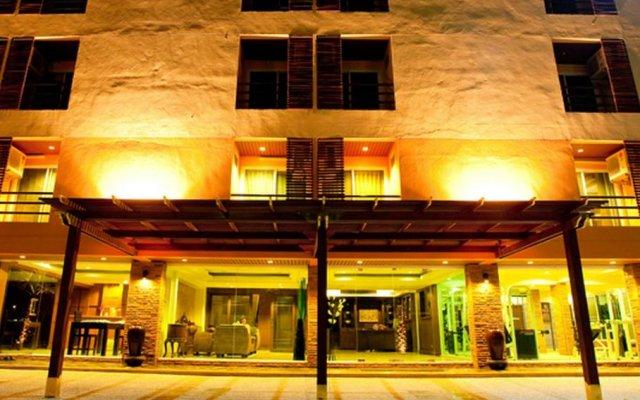 Отель Green Point Resort Бангкок вид на фасад