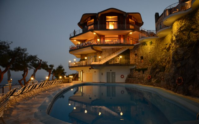 Отель Grand Hotel Excelsior Amalfi Италия, Амальфи - отзывы, цены и фото номеров - забронировать отель Grand Hotel Excelsior Amalfi онлайн вид на фасад