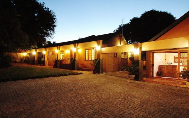 Отель Bothabelo Bed & Breakfast вид на фасад