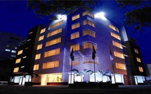 Отель MS Centenario Superior Колумбия, Кали - отзывы, цены и фото номеров - забронировать отель MS Centenario Superior онлайн вид на фасад