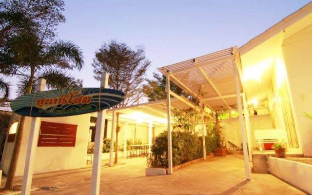 Отель Suntree Home Таиланд, Ко-Лан - отзывы, цены и фото номеров - забронировать отель Suntree Home онлайн вид на фасад