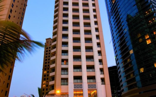 Movenpick Hotel Jumeirah Beach вид на фасад