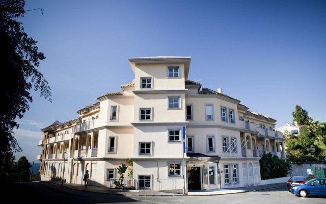 Vista De Rey Hotel вид на фасад