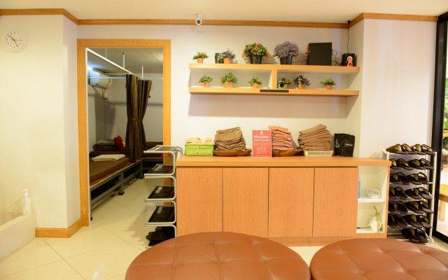 Отель ZEN Rooms Ratchaprarop Таиланд, Бангкок - отзывы, цены и фото номеров - забронировать отель ZEN Rooms Ratchaprarop онлайн