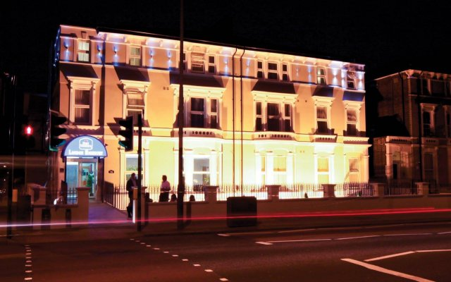 Отель Best Western London Highbury вид на фасад