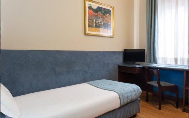 Отель The Originals Turin Royal (ex Qualys-Hotel) Италия, Турин - отзывы, цены и фото номеров - забронировать отель The Originals Turin Royal (ex Qualys-Hotel) онлайн комната для гостей