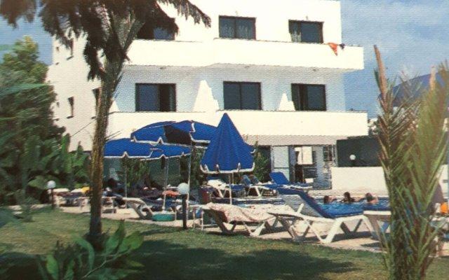 Отель Andries Apartments Кипр, Пафос - отзывы, цены и фото номеров - забронировать отель Andries Apartments онлайн вид на фасад
