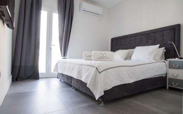Sasson & Co Luxury 3bed 3bath Apartment Hilton Beach