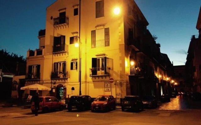 Отель VJP La Magione Suite вид на фасад