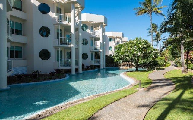 Отель Sheraton Grand Mirage Resort, Gold Coast вид на фасад