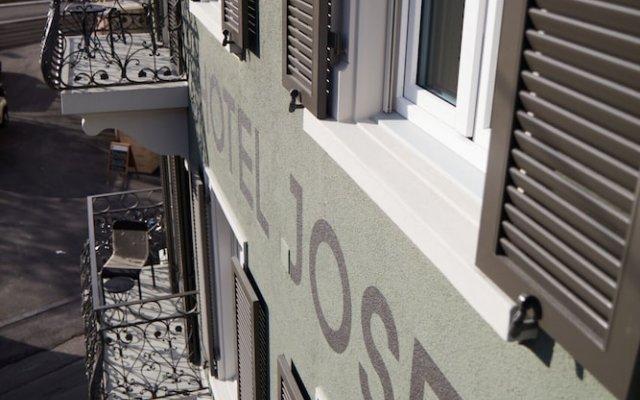 Boutique Hotel Josef Цюрих вид на фасад