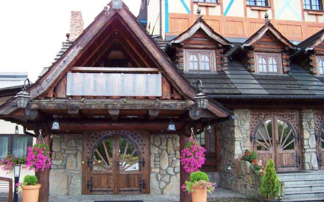 Отель Marysin Dwór Польша, Катовице - 1 отзыв об отеле, цены и фото номеров - забронировать отель Marysin Dwór онлайн вид на фасад