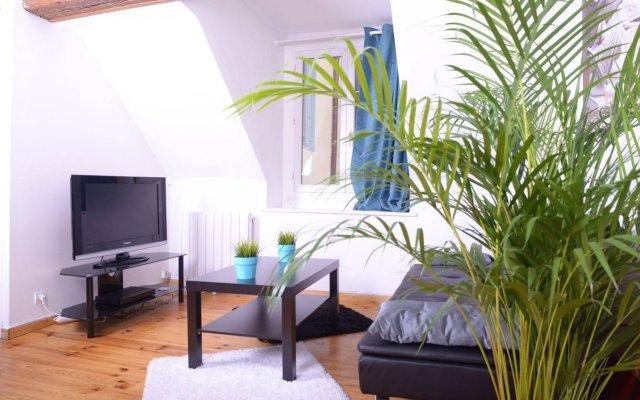 Отель Au coeur de Lyon - Place Bellecour Франция, Лион - отзывы, цены и фото номеров - забронировать отель Au coeur de Lyon - Place Bellecour онлайн комната для гостей