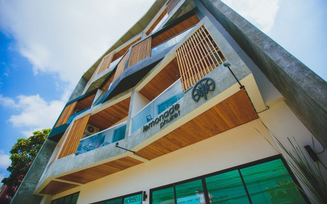 Отель Lemonade Phuket вид на фасад