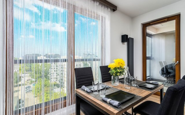 Warsaw Spire Business Apartment