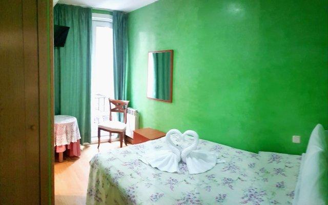 Отель Hostal Naranjos комната для гостей