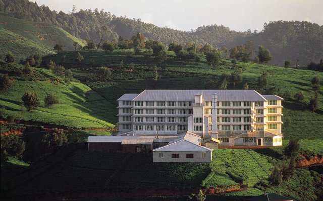 Отель Heritance Tea Factory Нувара-Элия вид на фасад
