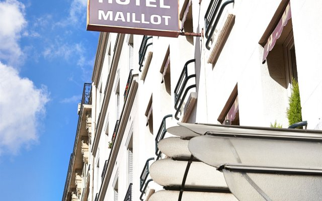 Hotel Maillot вид на фасад